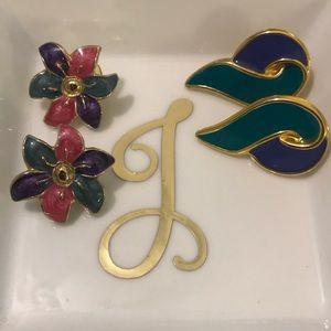 Jewelry - 80's inspired gold enamel earrings